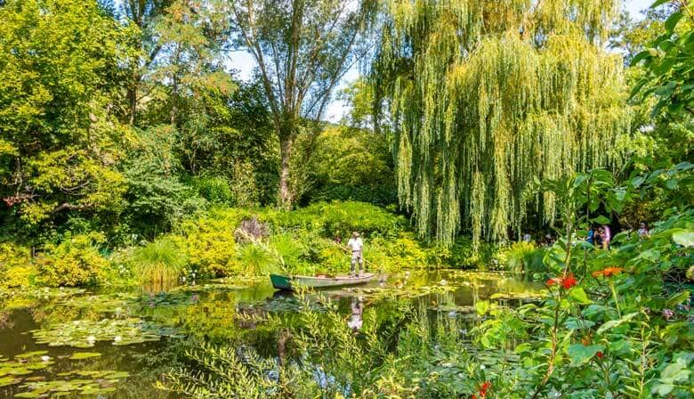Jardín de Claude Monet en su casa de Giverny