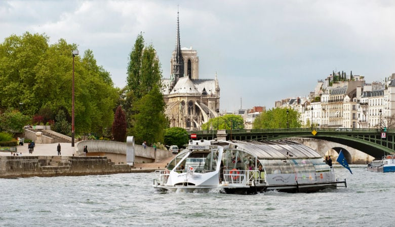 Batobus boat by Notre Dame Cathedral
