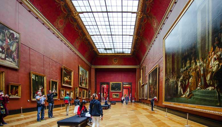 参观卢浮宫博物馆