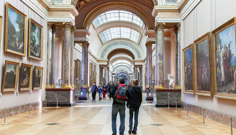 Visita del museo del Louvre