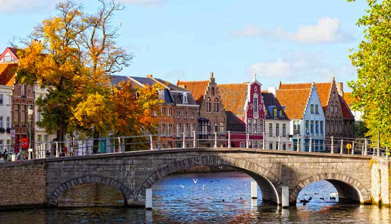 Bridge over the canal in Bruges