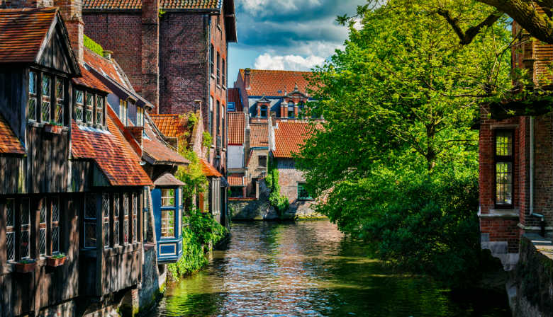 Canal crossing Bruges city