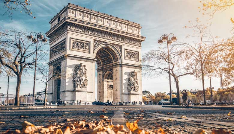 Visit the majestic Arc de Triomphe of Paris
