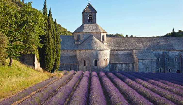 Marches De Provence Et Villages Du Luberon - au départ de Marseille