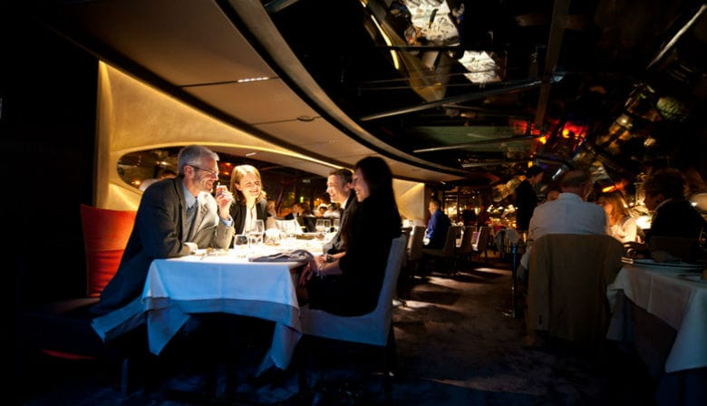 Dinner cruise with the Bateaux Parisiens