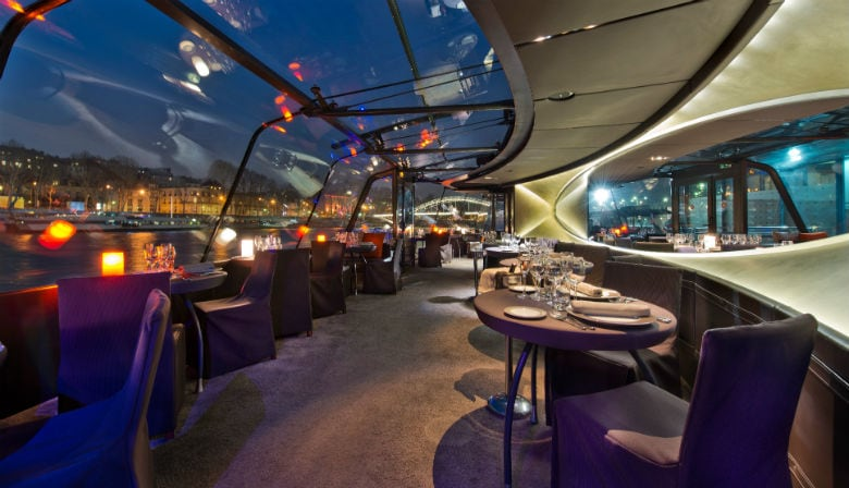 Dinner cruise on the Seine river in Paris