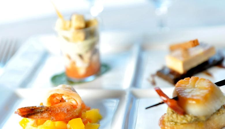 Almozo cruzeiro no barco da Marina