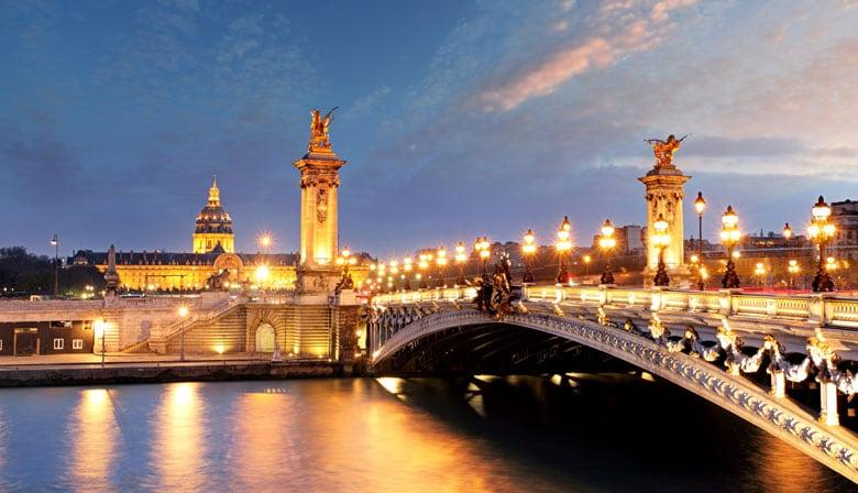 Profitez d'une croisière sur la Seine avec La Marina