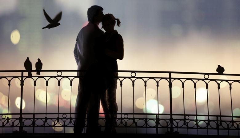 セーヌ川のロマンチックな夜