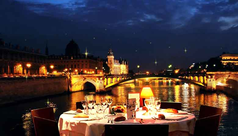 Romantic dinner on the Seine river