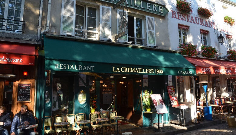 Dinner at the restaurant La Cremaillere in Montmartre