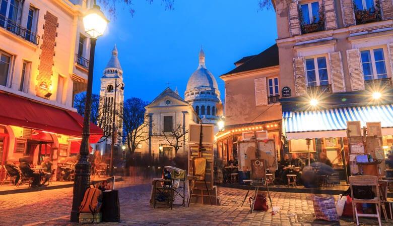 Quartier de Montmartre la nuit