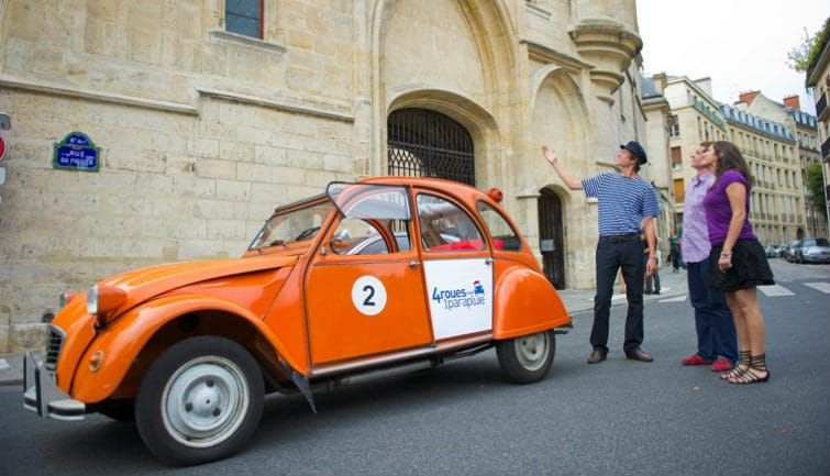 Private tour in vintage 2CV : Secret Paris Private Tour 1h30