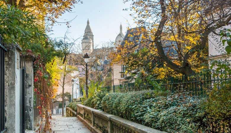 Calle en el barrio de Montmartre