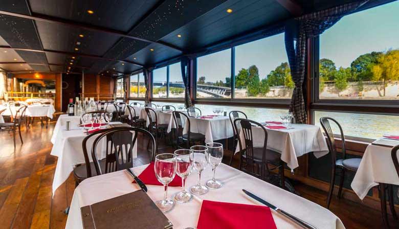 Restaurant an der Seine von La Marina