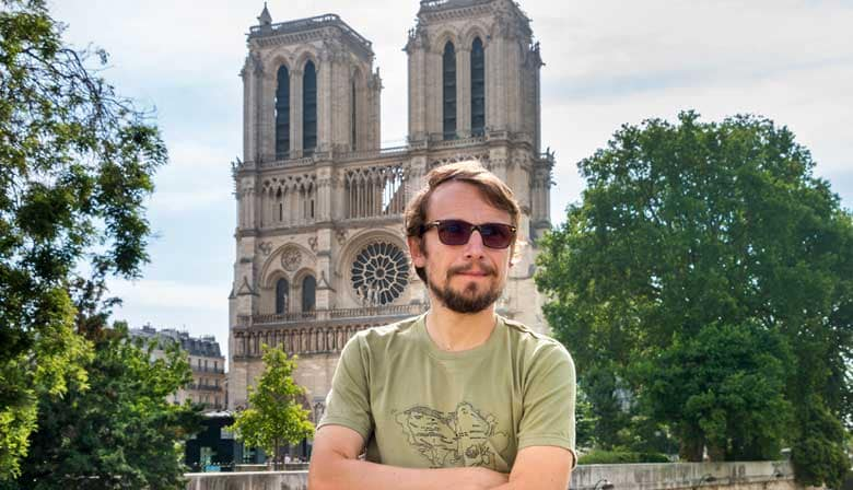 Audio Guided Tour of Notre-Dame Cathedral and its district with the Voice of Lorànt Deutsch