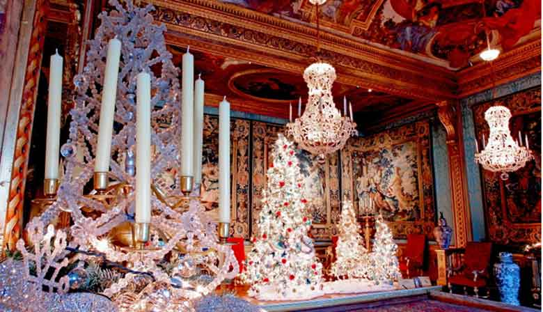 Christmas decorations in the castle of Vaux le Vicomte
