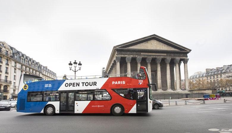 Opentourバスのマドレーヌ教会