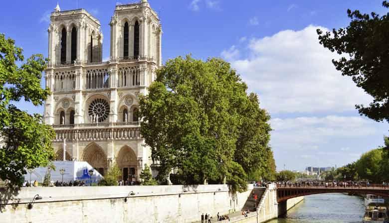 Magnifique Notre-Dame de Paris