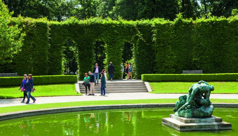 Visit the garden of the Musée Rodin
