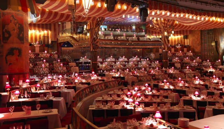 Sumptuous decor at the Moulin Rouge second show
