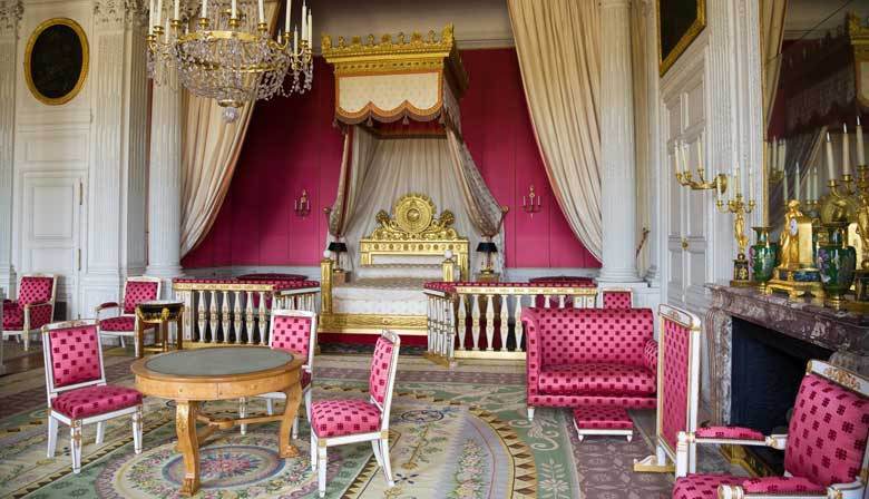Audio guided tour of the palace of Versailles
