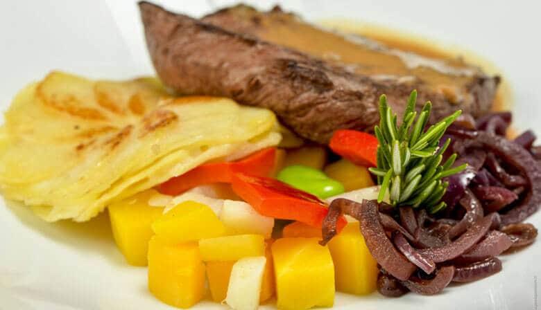 Enjoy a gastronomic dinner