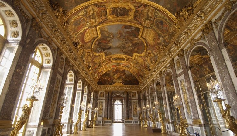 La Galería de los Espejos de Versalles