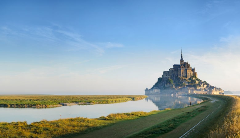 2-Day Trip to Mont-Saint-Michel with Overnight and Granville, Christian Dior city, from Paris, in a Small Group