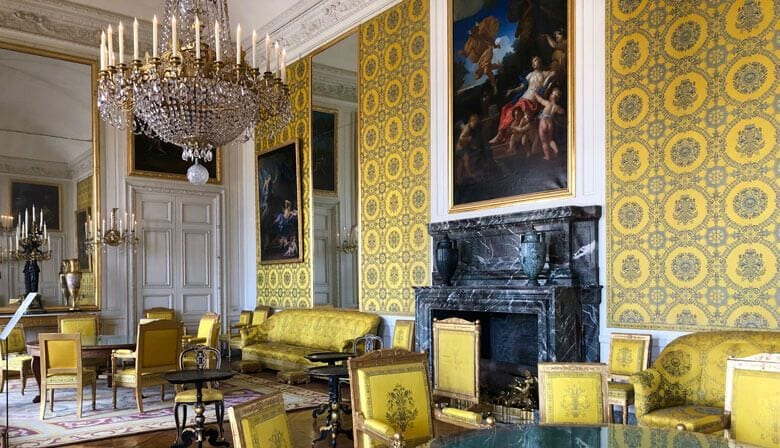 One the Queen's apartment