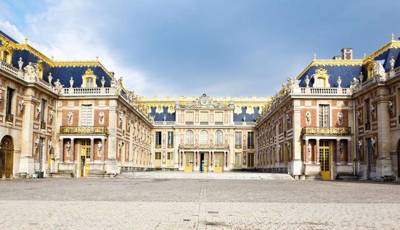Termine o dia no belo Palácio de Versalhes