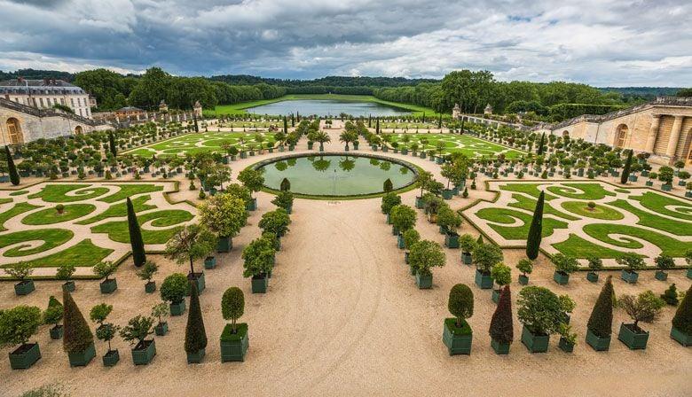 Magníficos jardins de Versalhes