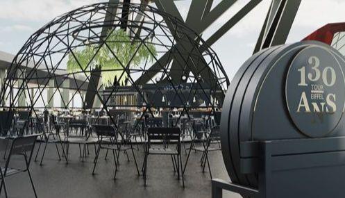 130 anos e terras da primeira classe do Tour Eiffel
