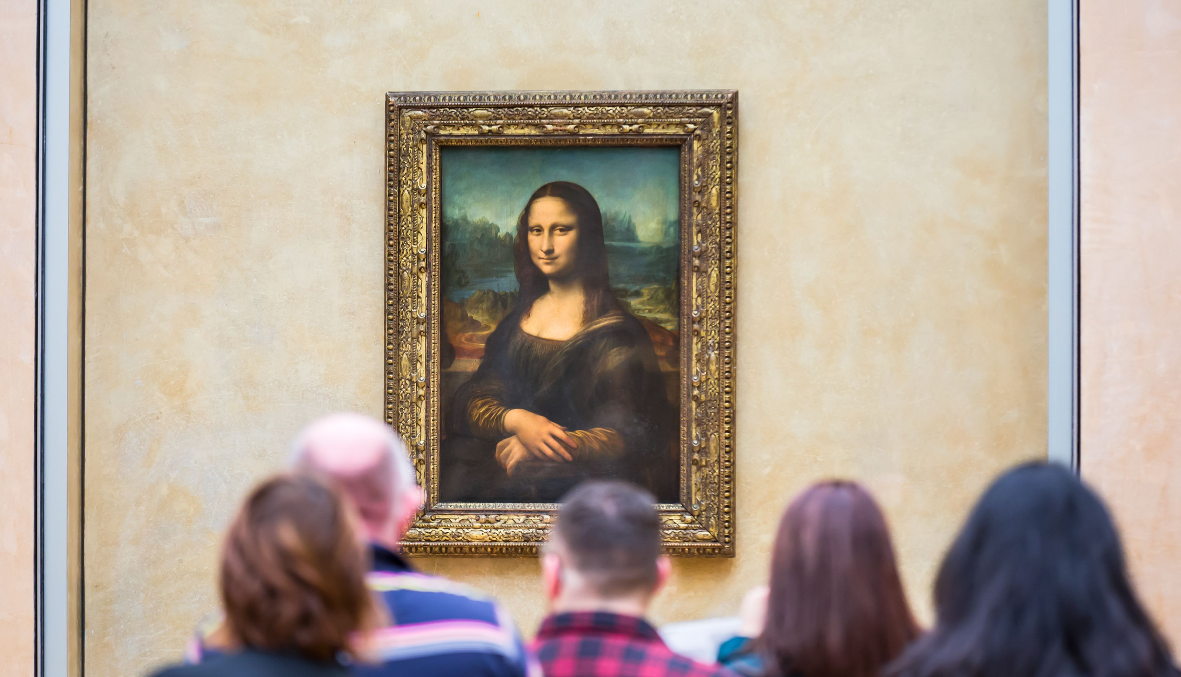 Intimate Guided Tour of the Louvre Museum with Priority Access in a Small Group