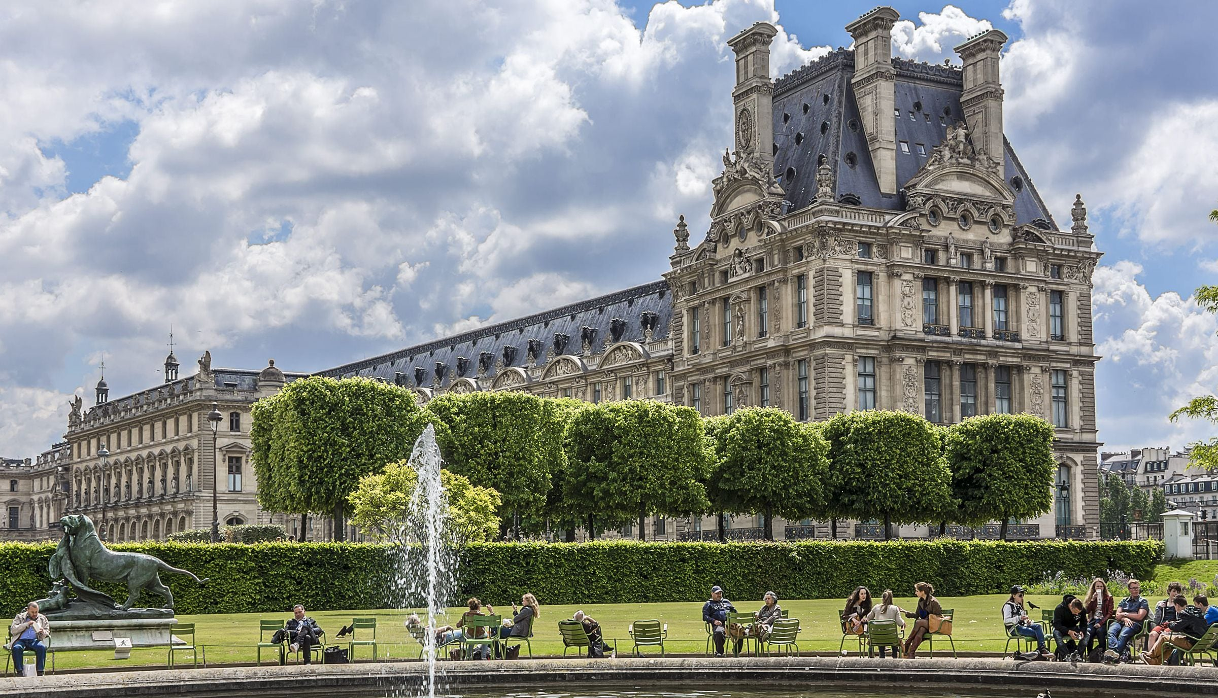 End the tour at theTuileries Garden