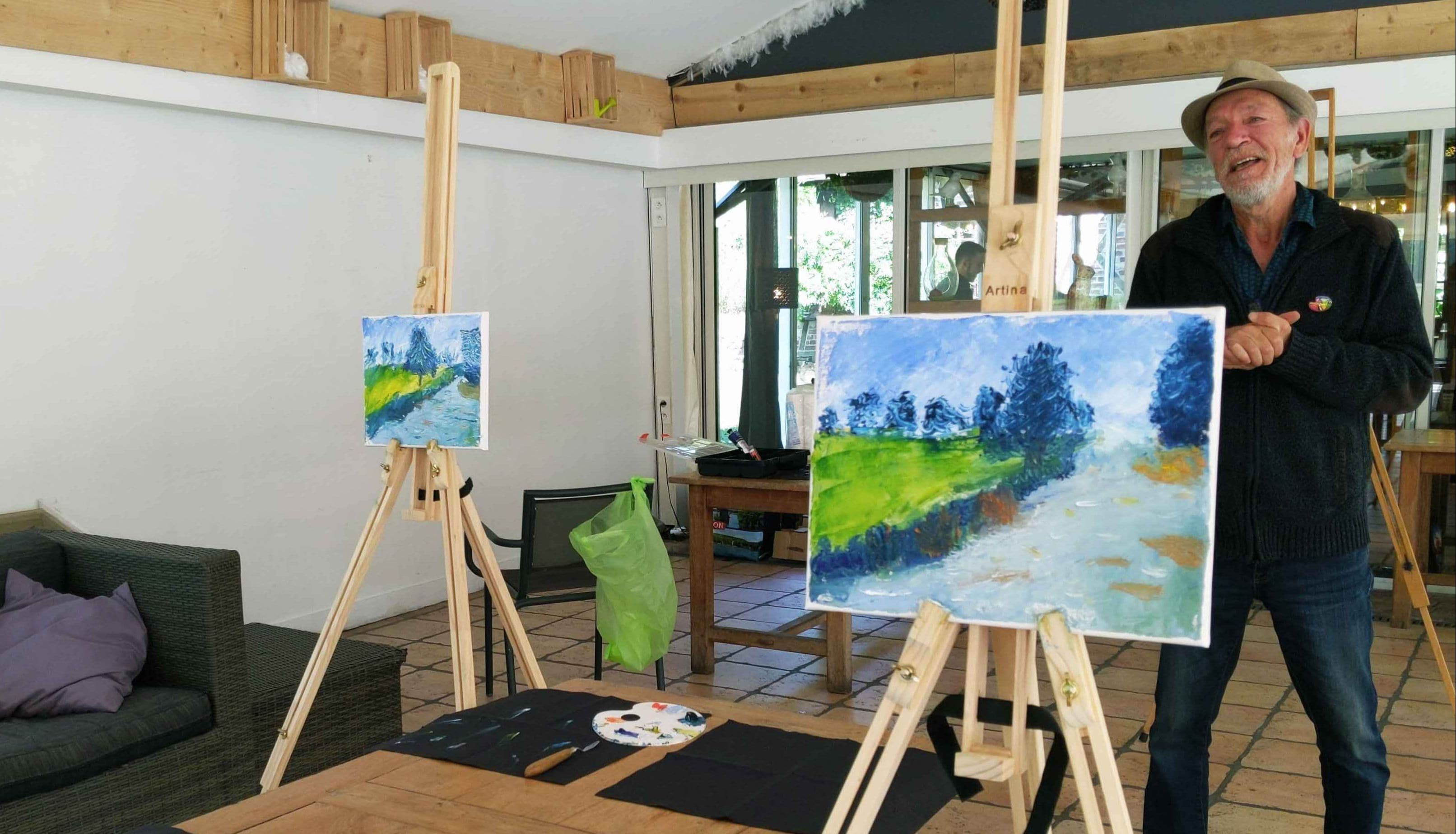 Painting workshop in the Moulin de Fourges restaurant