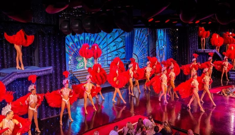 Moulin Rouge performance