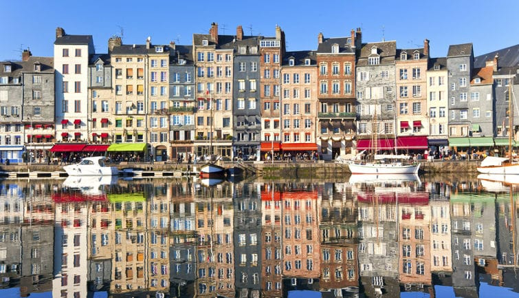 Guided Tour to Honfleur and the Côte Fleurie from Paris in a Small Group
