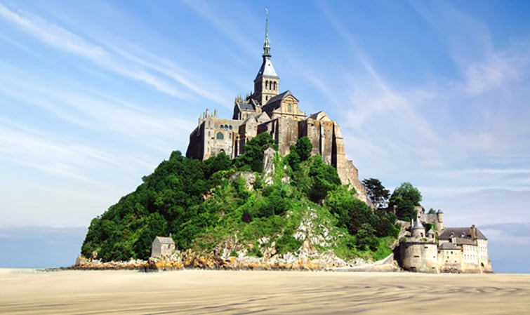 Guided Tour to Mont Saint-Michel and Honfleur from Le Havre in a Small Group