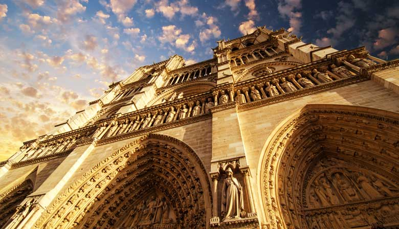 Guided Tour of Notre-Dame Cathedral and Access to the Crypt