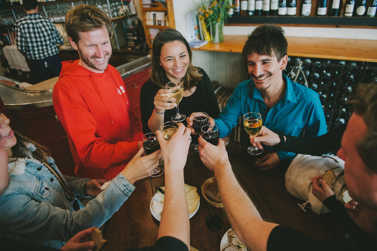 Bastille Guided Walking Tour: Wine & French Tapas Tour