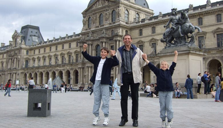 Audio guided family visit to the Louvre