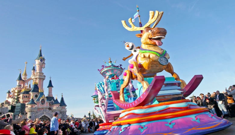 Special Offer: Disneyland® Paris 1 Day 2 Parks Super Magic E-Ticket - Adult ticket price at child ticket price  (ticket valid until September 30th)