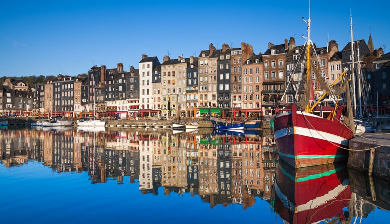 Guided Tour of Rouen and Honfleur from Paris in a Small Group, Lunch included