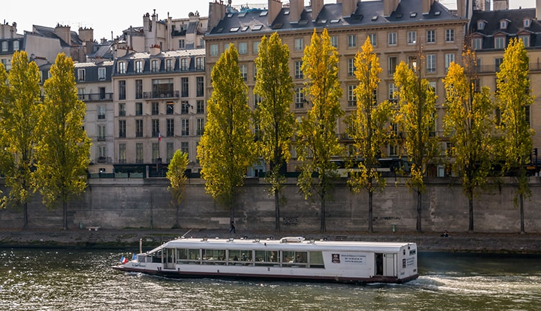 Lunch cruise on the Seine River and the Musical Grease